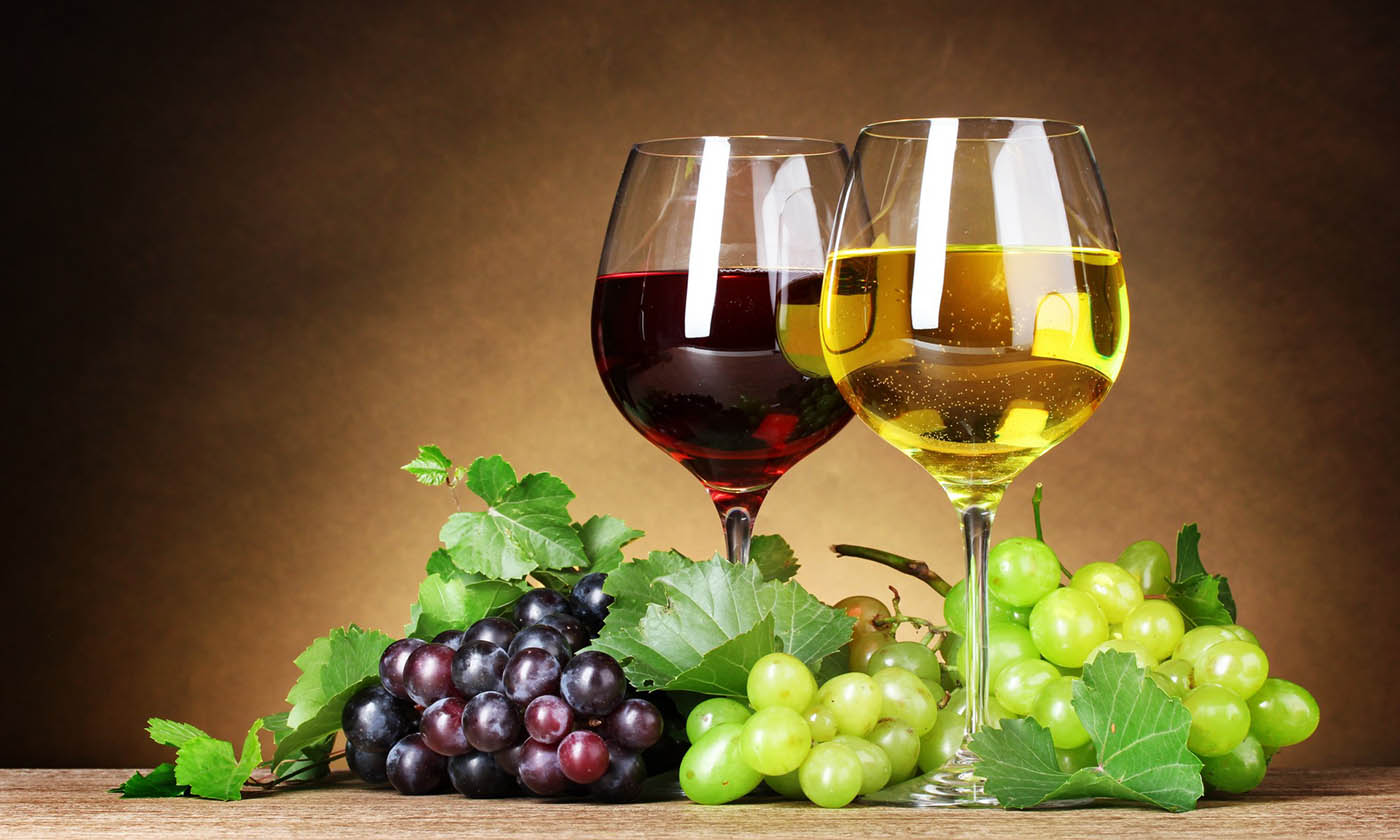 Wine Red White Grapes Berries Leaves Glasses Fruit Wallpaper HD